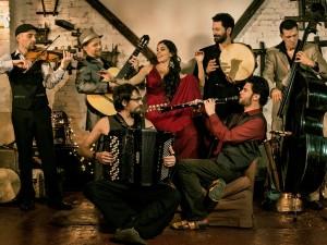 BGKO Barcelona Gipsy balKan Orchestra 1 med